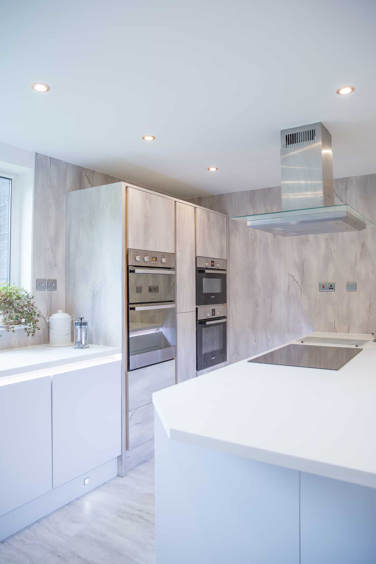bright kitchen, fully equipped and renovated by a renovation company from Glasgow - FIX LTD,